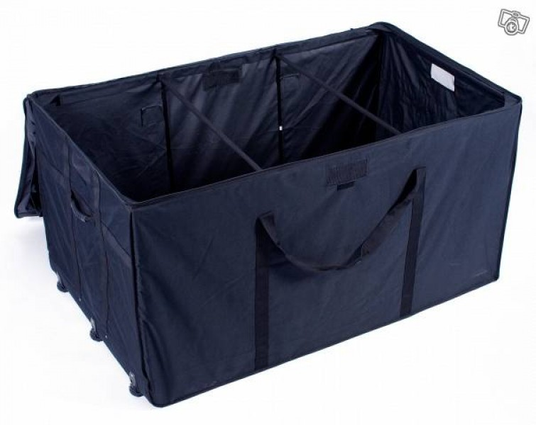 kissenbox schwarz mit rollen chf 169 insider deal. Black Bedroom Furniture Sets. Home Design Ideas